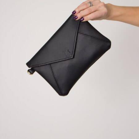 Fase Market || Black Kimnai Crossbody Clutch $37.20