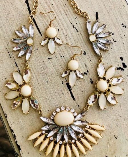 Bless Your Glam Boutique || Embellished Ivory Statement Necklace Set $10.50