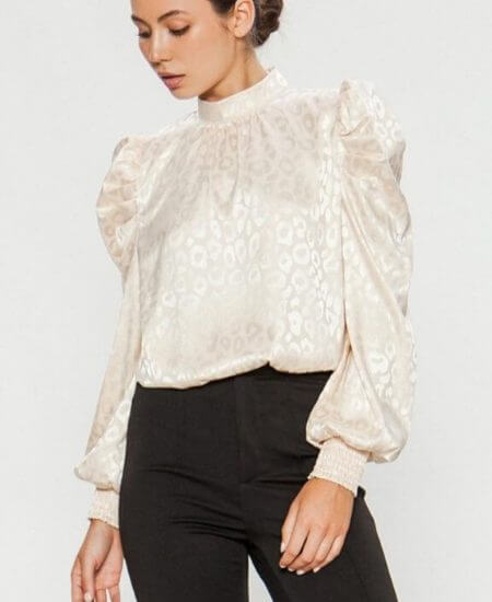 Sebree Boutique || MAKING THE MOMENT PUFF SLEEVE LEOPARD PRINT TOP $42.00