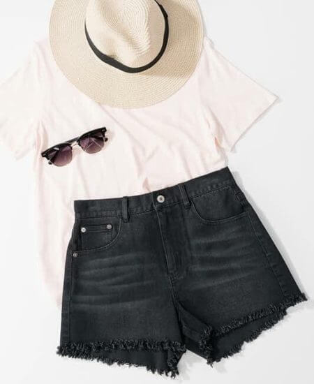 Stiles Boutique || Black frayed shorts $ 28.00
