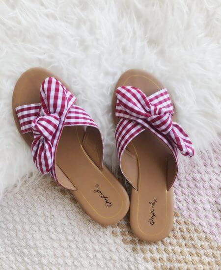 Simply Gorgeous Boutique || Picnic at the Park Red & White Sandals $20.00