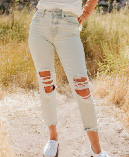 The Pink Desert    THE PLAYING FOR KEEPS HIGH RISE MOM CROP JEAN $49.99