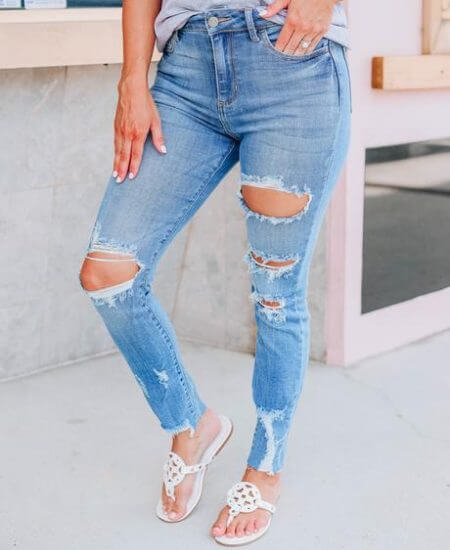 Whiskey Darling    Casey Cropped Skinny Jeans $ 48.95