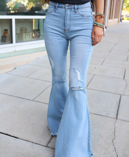 Wild Dreamer || GROOVY BABE HIGH RISE DISTRESSED BELL BOTTOMS - LIGHTWASH $ 54.00