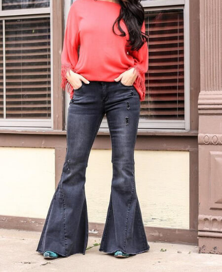 Classy Cowgirl Co. || Black Super Bell Bottom Jeans $58.00