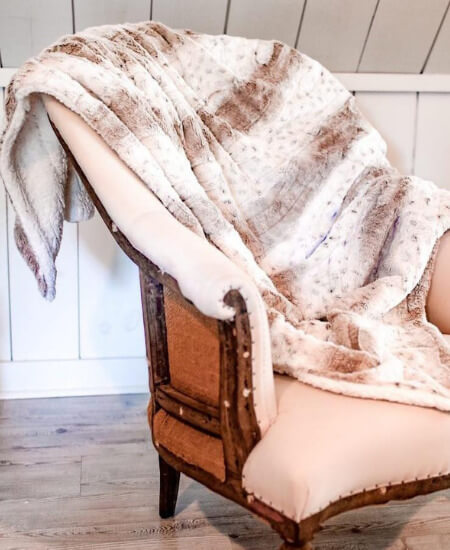Southern Mess Boutique || Cream Animal Print Sherpa Blanket $ 69.99