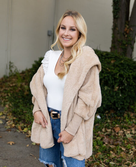 Impromptu Boutique || Falling For You Hooded Teddy Jacket: Beige $48.00