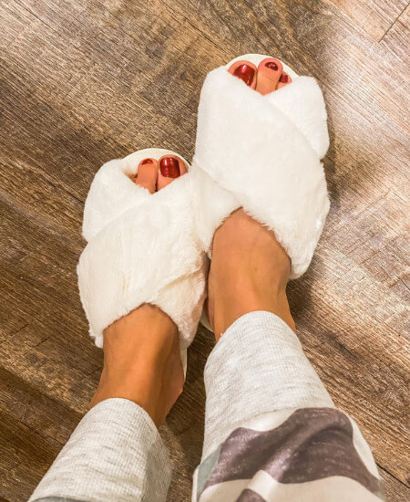 Glamour & Grace Boutique ||What Dreams Are Made Of Fuzzy Slippers $24.00