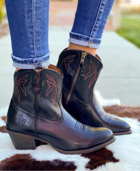Rural Haze || Ariat Darlin' Ankle Boot in Black $149.95