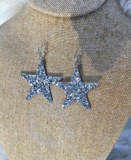 The Closet Boutique || Silver Sparkles $12.00