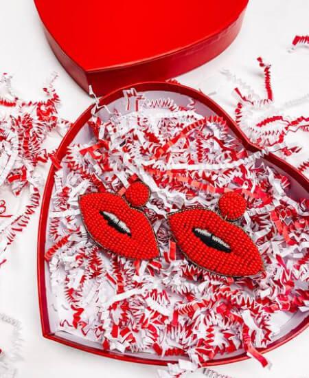 The Exchange || Speak Love Lip Statement Earrings $18.00