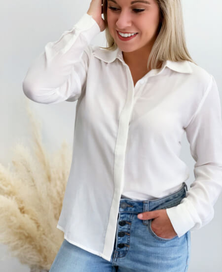 Bella Ragazza Boutique || It's The New Thing Blouse $45.00