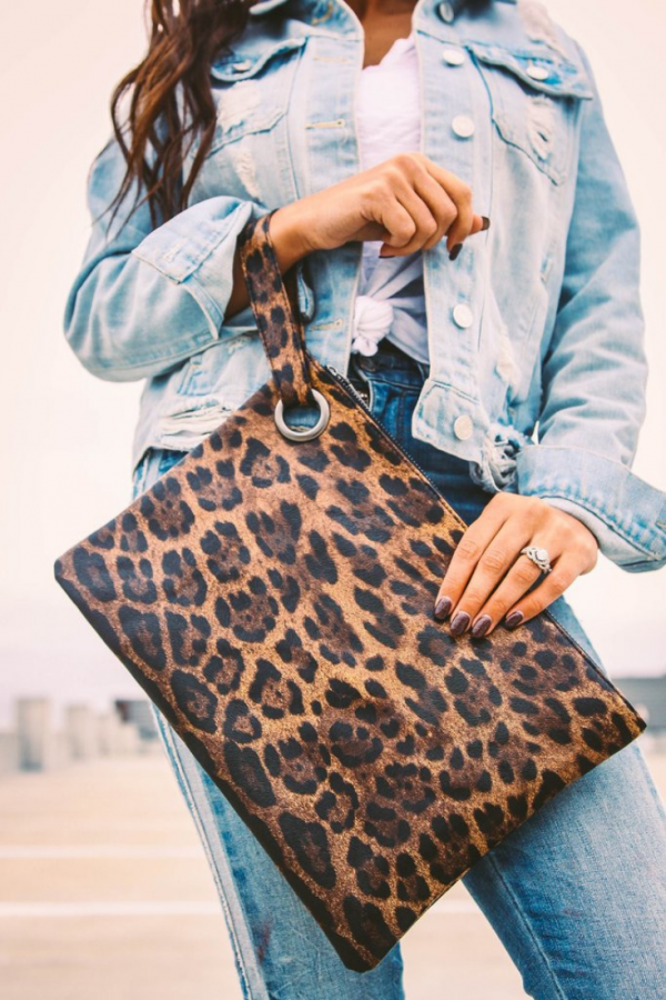 Madison Clutch | Small Town Society | $ 26.00