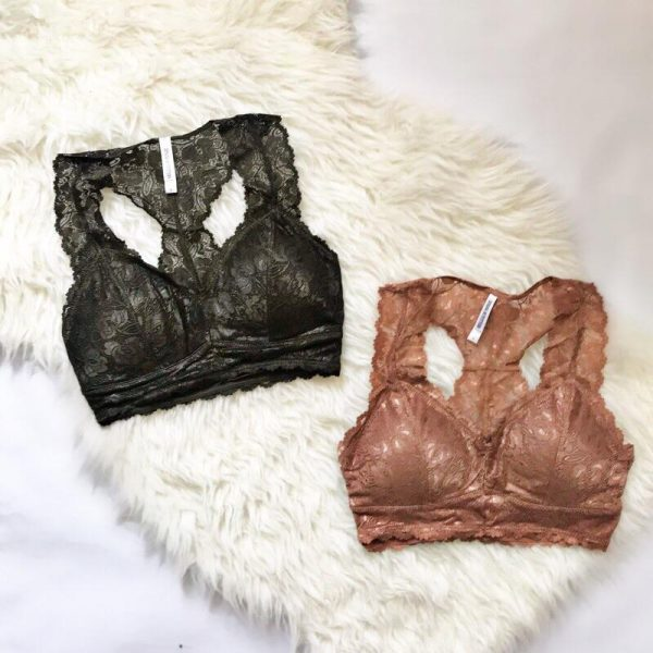 Fall and sweaters go together like biscuits and gravy. Which is convenient, since it also is helpful in disguising those extra Holiday pounds! The perfect duo for your cold-weather wardrobe is bralettes and oversized sweaters!